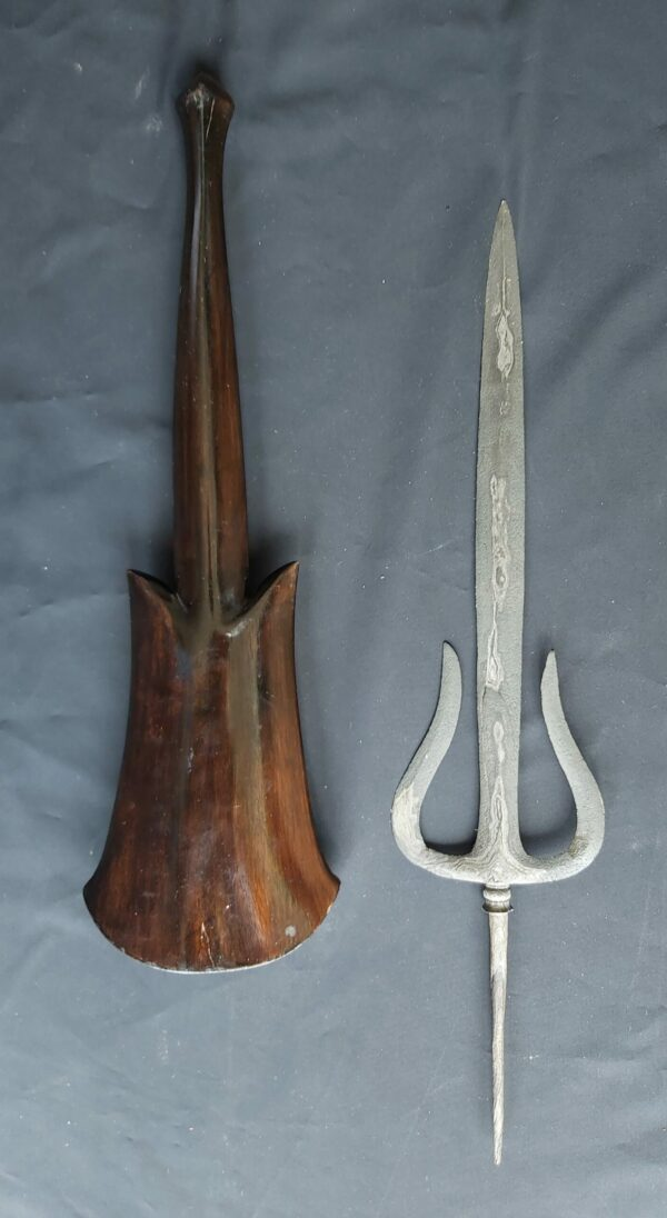 Trisula Spear - ZK-460-HMZ